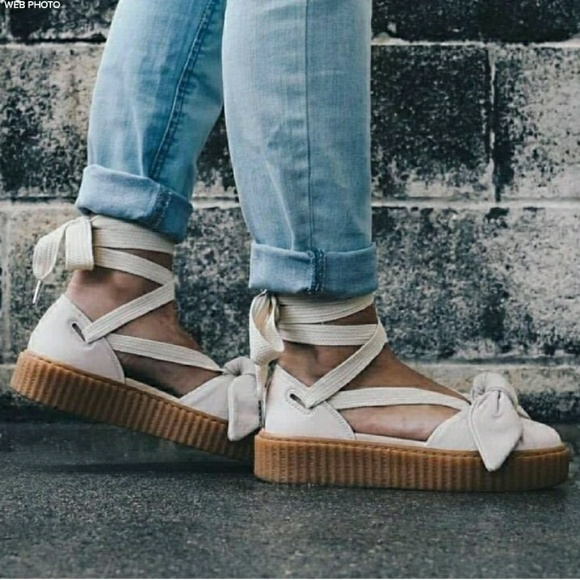 PUMA Fenty Bow Creeper Leather Lace Up Sandal. M 5a2adc2bbf6df5e5d00321e7 c1dc2a693