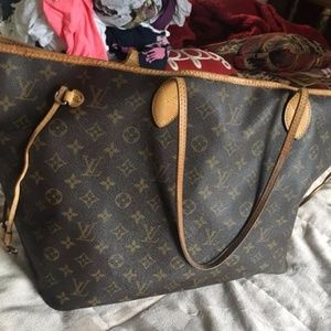USED Authentic Louis Vuitton Neverfull