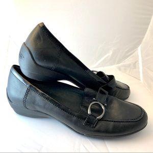 Circa Joan & David black leather flats