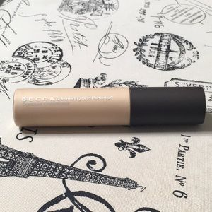 BECCA Shimmering Skin Perfector: Color Moonstone
