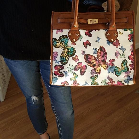 9da91e72d26 Aldo Handbags - Aldo butterfly handbag LIKE NEW