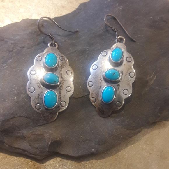 88705e0fe Beautiful Vintage Navajo Turquoise Earrings. M_5a2af26f2fd0b73f0a038142
