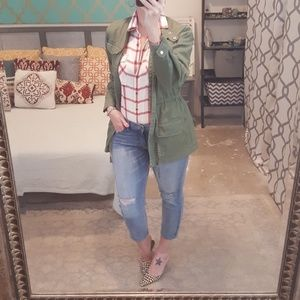 Banana Republic Blown Out Knee Ankle Jeans