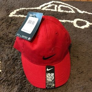 NWT Nike Adjustable Hat