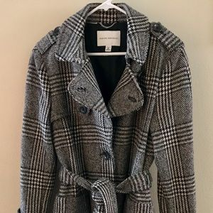 Banana Republic houndstooth plaid wool trench coat