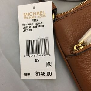 e3eda66c4345 Michael Kors Bags - NWT Michael Kors Small Riley Crossbody