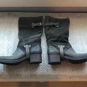 Vera wang tall boots