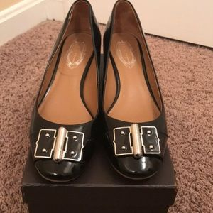 Tahiri Patent leather low heels.