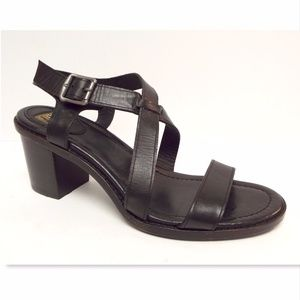 New FRYE Company Black Criss Cross Sandals 8.5