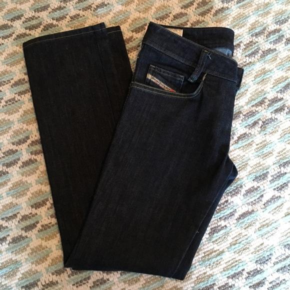 Diesel Denim - Diesel Newz straight leg jeans. 27x30.
