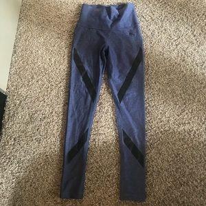 Puma high-waisted purple/blk activewear legging