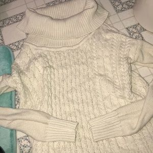Sweater from American eagle!! Worn once, size S
