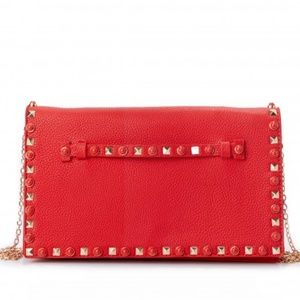 NWT RDBSTYLE True To Your Cool red clutch