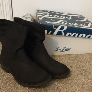 BNIB lucky brand nitroh 2, leather boots. sz 5.5