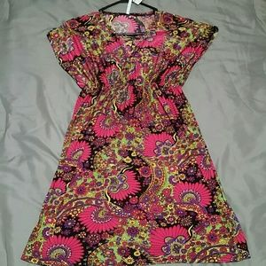 Dresses & Skirts - *NWT* floral print  beach cover up dress