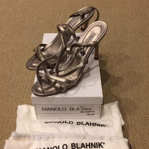 98e4ac216841 Manolo Blahnik strappy Bayan sandal Authentic. Manolo Blahnik.  M 5a2b0f2a5c12f8279203ff47. M 5a2b0f372fd0b7b7ae040347.  M 5a2b0f412fd0b7f351040370