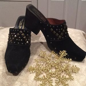 """LIKE NEW, """"DONALD J PLINER"""" """"WESTERN COUTURE"""" MULE"""