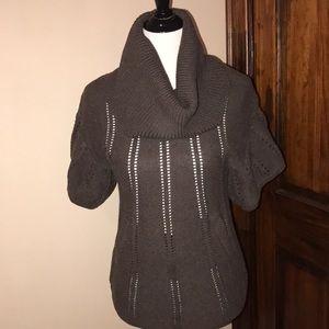 BCBG Max Azria Brown Short Sleeve Pullover
