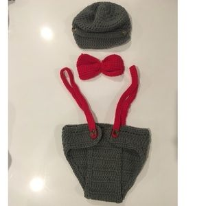 Other - NWOT- newborn baby crochet photo prop outfit