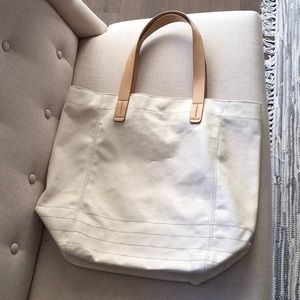 Like new Gap canvas tote