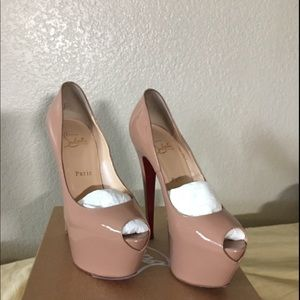 Authentic Christian Louboutin Highness 37