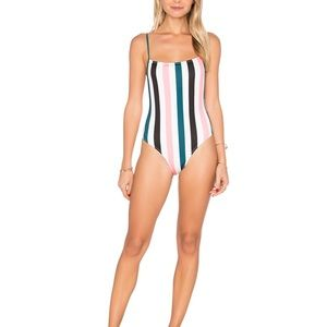 #42💛 the Chelsea solid striped swimsuit