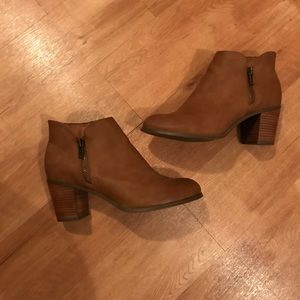 💕Wise Width💕 Faux Leather Bootie