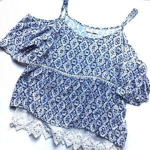 ▪️Skies Are Blue langlock sz S cold shoulder top