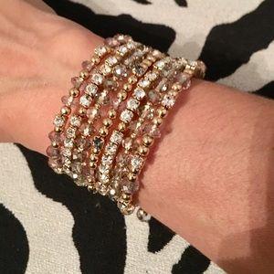 Jewelry - Great new wrap around bracelet - gold/crystals