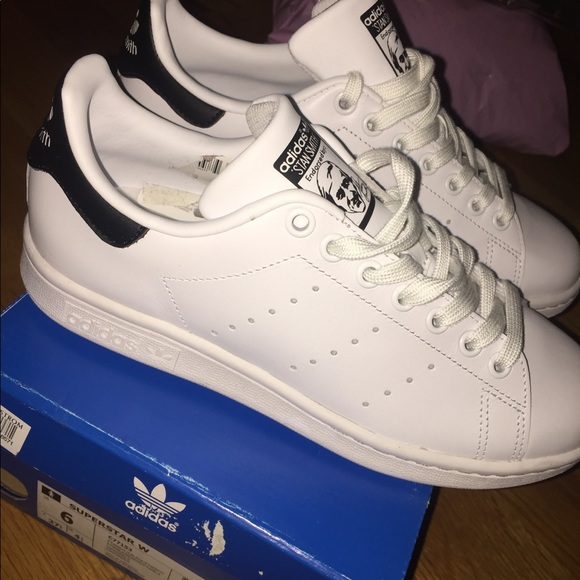 le adidas stan smith superstar numero 6 poshmark