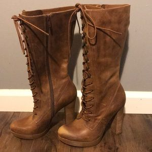 Steve Madden- Critique Lace Up Boots Brown