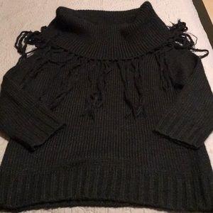 BCBGMaxazria sweater in EUC
