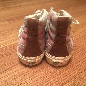 99dbf031d5 Vans Shoes - Vans Womens SK8 Hi Slim Suede Floral Marshmallow