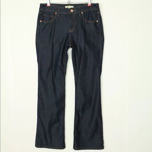 CAbi #203R Jeans Boot Cut Size 6 Stretch