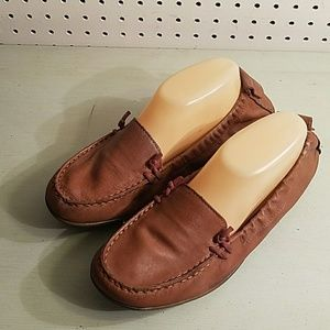 LEATHER BROWN HUSH PUPPIES