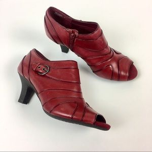 AEROSOLES Comfort FAXSEED Burgundy Leather Bootie