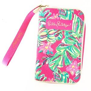 Lilly Pulitzer Phone Case Wristlet Pink Jungle