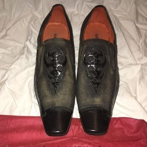 Like new men's dress shoe