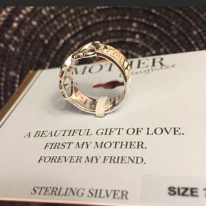 Jewelry - NWT BEAUTIFUL Sterling Silver MoM / Daughter ring