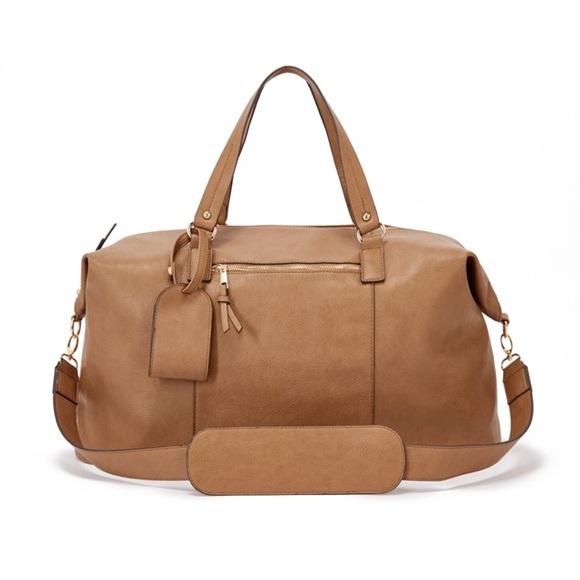 4f729381645c JustFab Handbags - NWT JustFab Light Brown Faux Leather Weekender Bag
