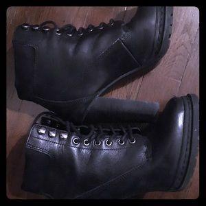 Women's BGB shoes