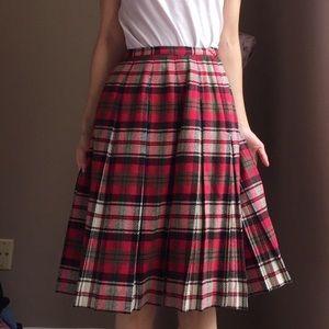Vintage red plaid midi skirt by Bobbie Brooks