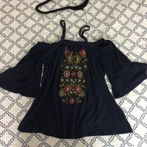 Tops - Off the shoulder top w/ Embroidered flowers