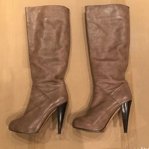 Dolce Vita Tan Taupe Heel Boots 6