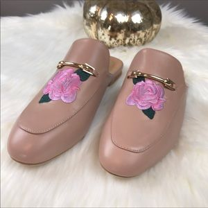 Blush Pink Vegan Leather Embroidered Mule 7.5 NWT