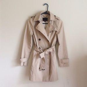 Banana Republic xxsp classic trench coat