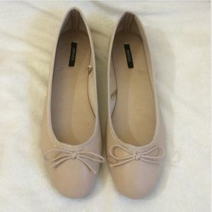 Forever 21 Nude Classic Ballet Flats