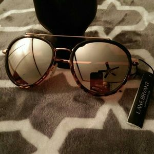 NWT LANE BRYANT SUNGLASSES