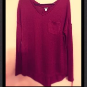 🍷NWT Girls night out Cranberry Tunic Sweater🍷