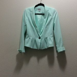 Mint Worthington blazer with peplum bottom